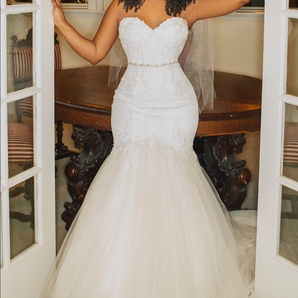Winnie Couture Mermaid Strapless Wedding Dress